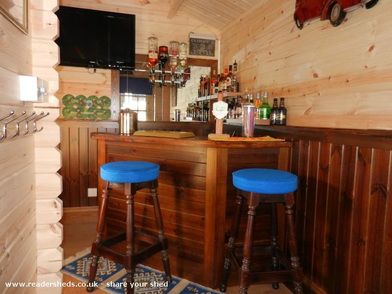 Clinky S Bar Cabin Summerhouse From Garden Owned By David