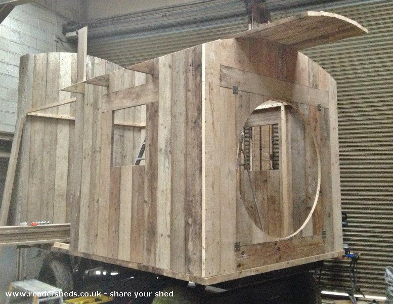 Flying Scotsman Cabin Summerhouse From Woodland Within